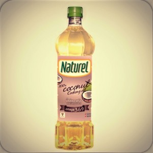 Natural refined coconut oil for use in cooking, 1 liter.